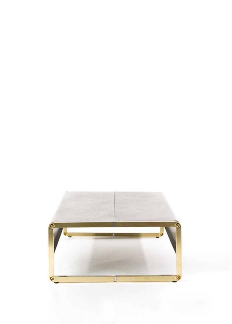tavolino FUMÉE rettangolare con struttura in ottone
