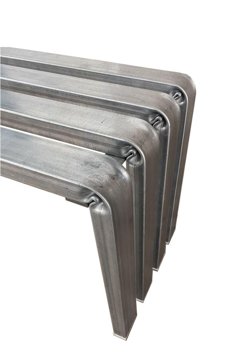 dettaglio curvatura panca design in acciaio zincato situér milano