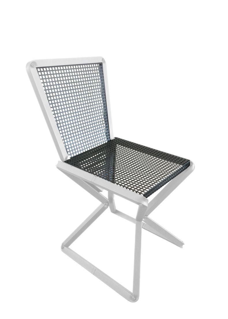 Sedia di design in acciaio bianco e schienale verniciato nero