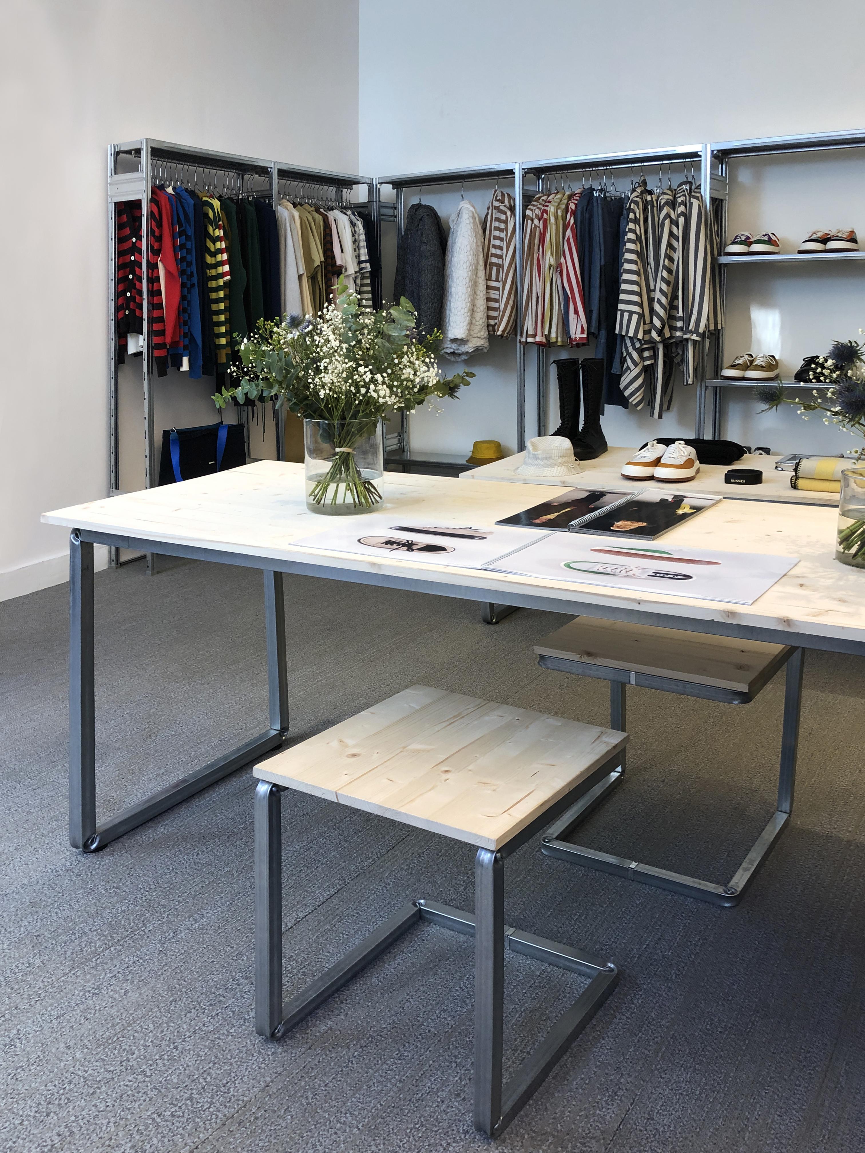 arredamento di design per negozi e showroom moda