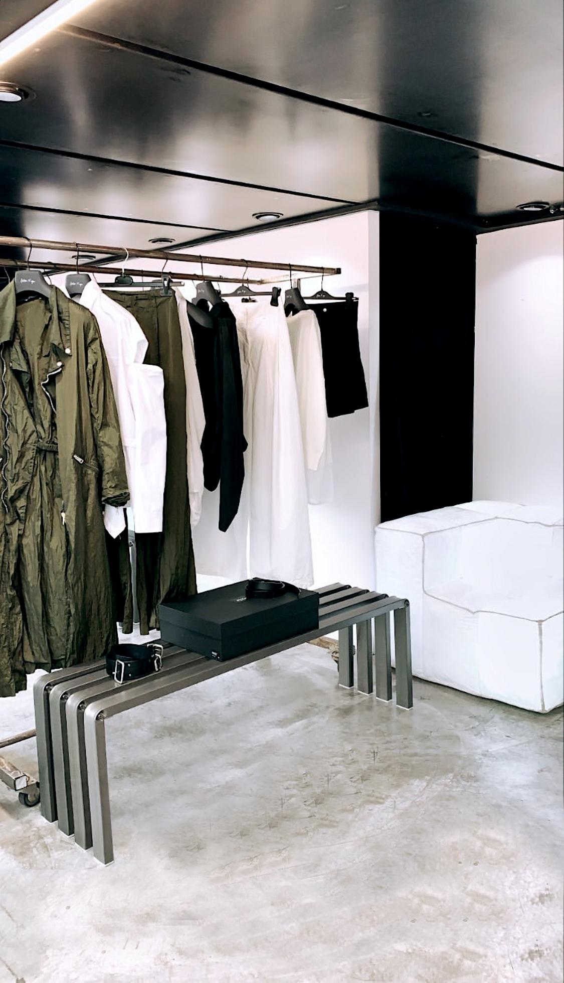 Arredamento di design custom per negozi moda