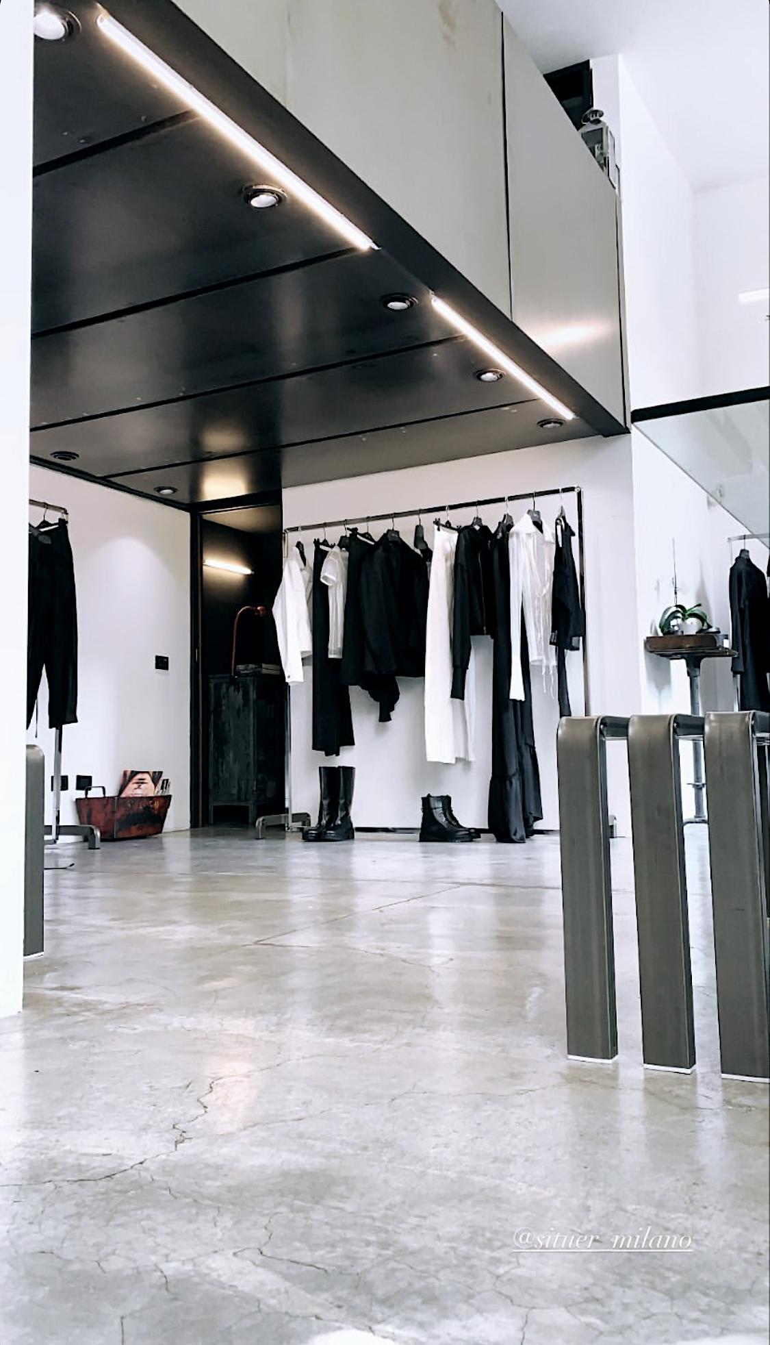 arredamento completo di design per negozi e showroom
