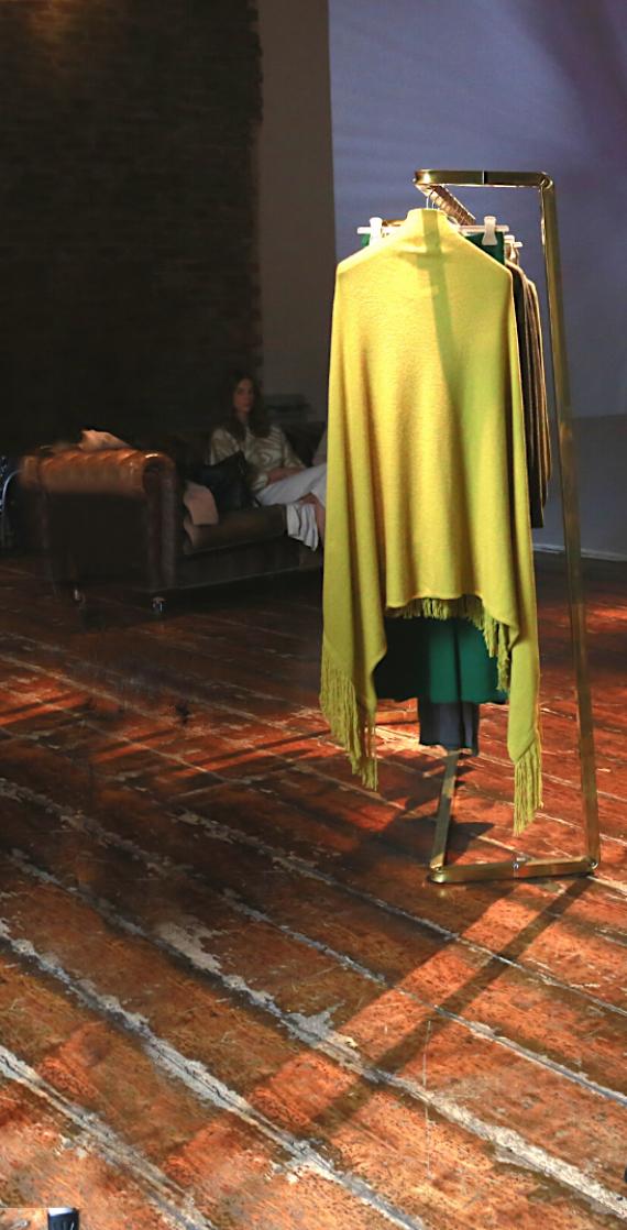 stender design ottone situer milano noleggio moda milano