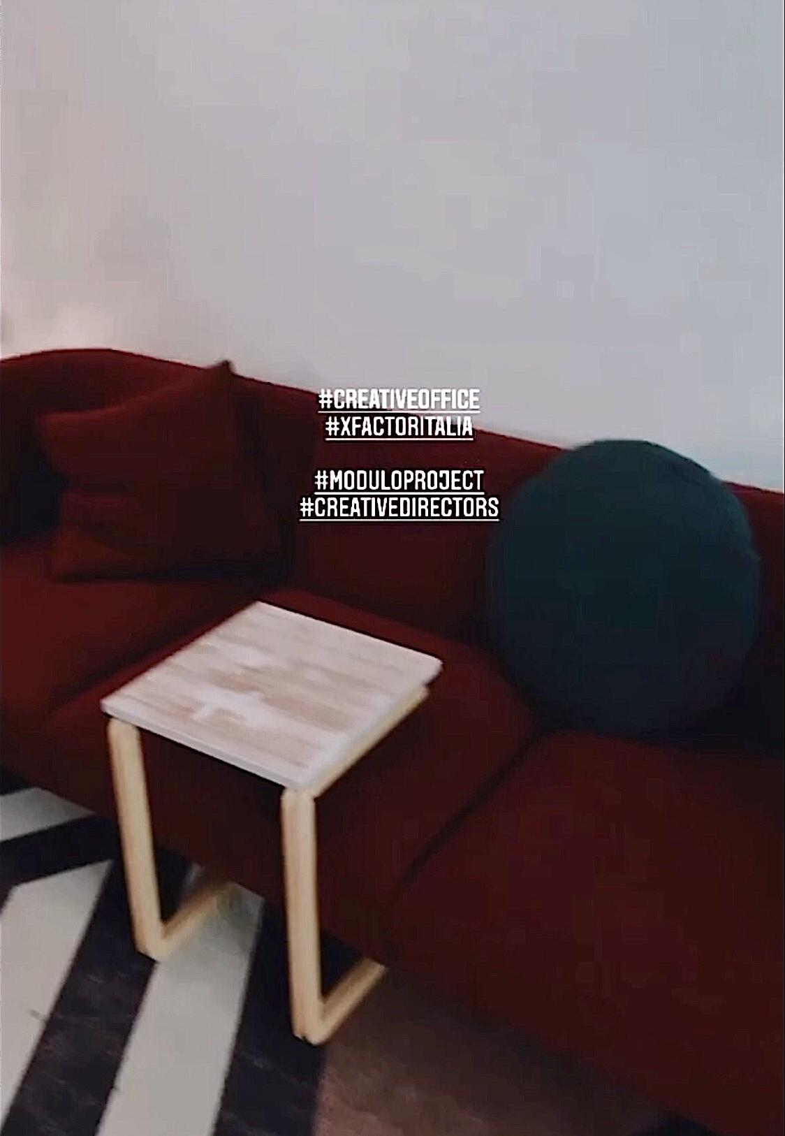 tavolo di design per lo studio creativo di xfactor2020
