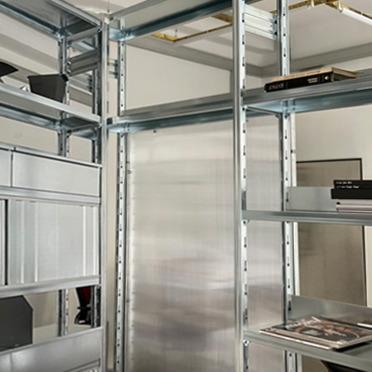 come scegliere la libreria in metallo per arredare l'ufficio