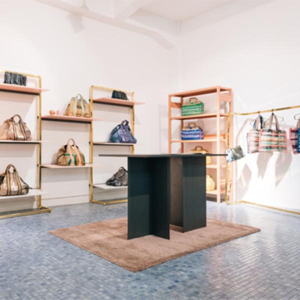 """La  collezione """"Boutique"""" - per l'arredo negozio"""